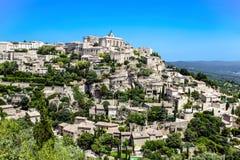 Mening van Gordes, middeleeuws dorp in de Provence, Frankrijk stock foto's