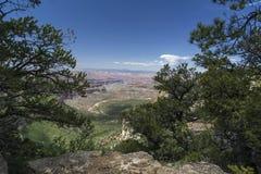 Mening van Grand Canyon van Sprinkhanenpunt Stock Afbeelding