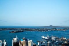 Mening van Hemeltoren in Auckland, Australië royalty-vrije stock afbeelding