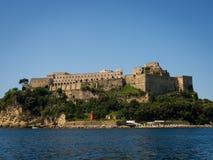 Mening van het Aragonese-Kasteel Royalty-vrije Stock Afbeeldingen