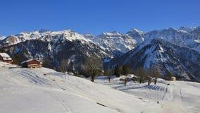 Mening van het Braunwald-skigebied, Glarus-Kanton stock foto's