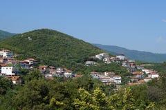 Mening van het dorp in een berg Stock Fotografie