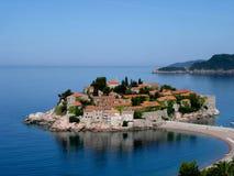 Mening van het eiland Montenegro van Sveti Stefan Stock Fotografie