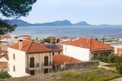 Mening van het eiland Pylos heeft een lange geschiedenis Reis Griekenland Stock Afbeelding