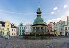 Mening van het Marktvierkant in de Oude Stad van Wismar Royalty-vrije Stock Foto's