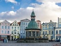 Mening van het Marktvierkant in de Oude Stad van Wismar Royalty-vrije Stock Afbeelding