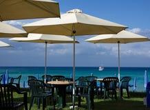 mening van het overzees en het Strand Cyprus Stock Afbeeldingen