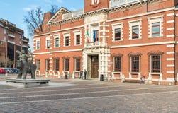 Mening van het Paleis van Rechtvaardigheid, Hof in centrum van Varese, Italië Royalty-vrije Stock Afbeelding