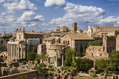 Mening van het Roman Forum rome stock fotografie