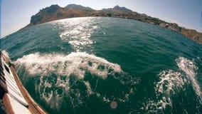 Mening van het Schip op zee stock footage