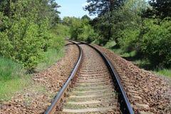 Mening van het spoorwegspoor op een zonnige dag Stock Foto
