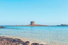 Mening van het strand van La Pelosa, Sardinige, Italië royalty-vrije stock afbeelding