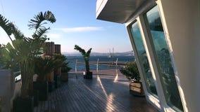 Mening van het Sunborn-Jachthotel in Gibraltar stock video