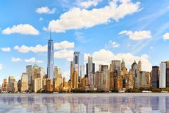 Mening van het water, van Hudson-baai aan Lower Manhattan Nieuwe Yor stock foto