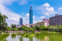 Mening van het Xinyi de financiële district van herdenkings de zaalpari van Sun Yat-sen Royalty-vrije Stock Afbeelding