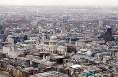 Mening van hierboven van St Paul Kathedraal, Londen Stock Foto