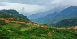 Mening van hoge berg in Sapa Royalty-vrije Stock Fotografie