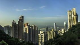 Mening van Hongkong van trein aan de Piek stock afbeeldingen