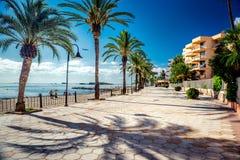 Mening van Ibiza-strandboulevard Stock Afbeeldingen