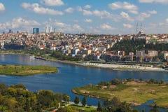 Mening van Istanboel en de Gouden Hoorn Stock Fotografie