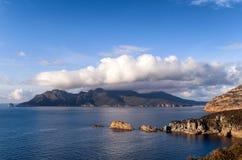 Mening van Kaap Tourville Tasmanige Stock Afbeeldingen