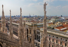 Mening van kathedraal Milaan, Italië Stock Afbeelding