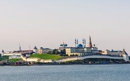 Mening van Kazan het Kremlin stock afbeeldingen