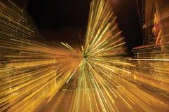 Mening van Kerstboom met lichten die een abstract effect in Penedo vormen Royalty-vrije Stock Fotografie