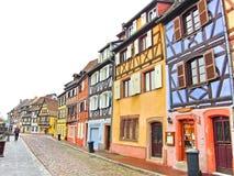 Mening van kleurrijke gebouwen in Colmar, Frankrijk Royalty-vrije Stock Foto's