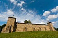 Mening van Klooster Dragomirna in de zomer Stock Foto