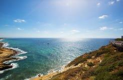 Mening van kust van Rosh Hanikra Laatste punt van de overzeese van Israël grens Stock Afbeelding