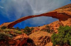 Mening van Landschapsboog in Bogen Nationaal Park, Utah. Stock Fotografie
