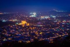 Mening van Lezing bij nacht van de Pagode op Horizonaandrijving, in Re stock foto's