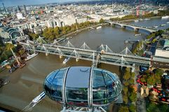 Mening van Londen van het Oog van Londen Stock Afbeelding