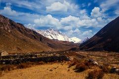 Mening van Lothse en Eilandpiek van Dingboche, Everest-Gebied, Nepal stock foto's