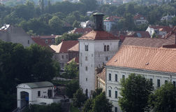 Mening van Lotrscak-Toren, versterkte die toren in oud deel van Zagreb wordt gevestigd Stock Afbeeldingen