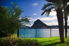 Mening van Lugano meer stock foto