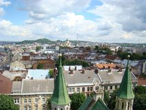 Mening van Lviv-stad van een hoogte Stock Foto