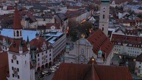 Mening van München bij schemer stock videobeelden