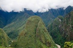 Mening van Machu Picchu aan de Berg Putucusi stock afbeeldingen