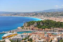 Mening van mediterrane toevlucht, Nice, Frankrijk. Stock Afbeeldingen