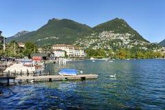 Mening van Meer en stad van Lugano Royalty-vrije Stock Afbeelding
