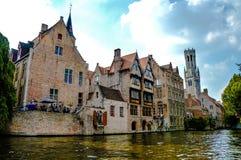 Mening van middeleeuwse stad Brugge, België stock afbeeldingen