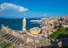Mening van middeleeuwse stad van Gaeta, Lazio, Italië Royalty-vrije Stock Foto's