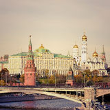 Mening van Moskou het Kremlin en Moskva-Rivier, Rusland stock afbeelding
