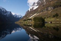 Mening van Naeroyfjorden, Noorwegen Stock Foto's