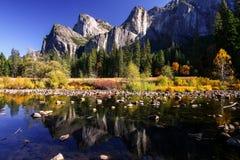 Mening van nationaal park Yosemite Stock Afbeeldingen