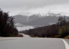Mening van Nationale Route 234 in Neuquen, Argentinië Royalty-vrije Stock Foto's