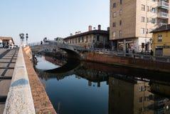 Mening van naviglio` s brug van Trezzano sul Royalty-vrije Stock Fotografie