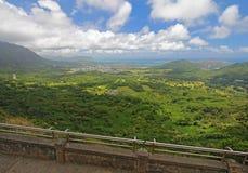 Mening van Oahu van het Vooruitzicht van Nuuanu Pali royalty-vrije stock fotografie